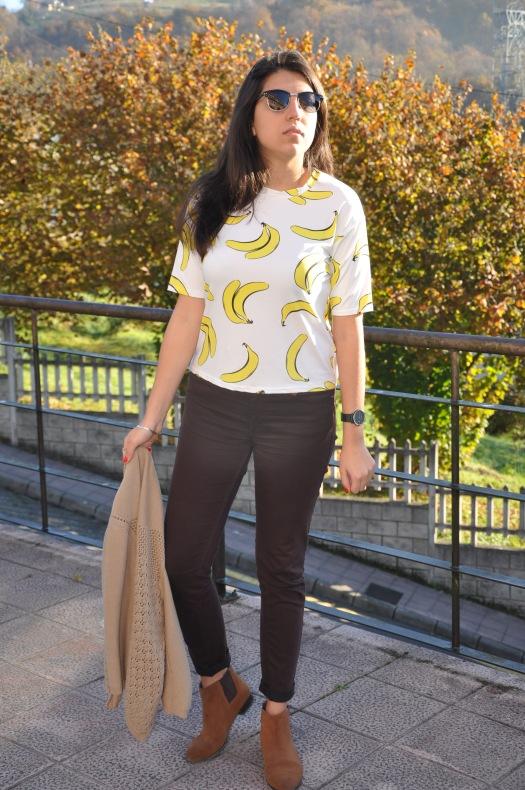 bananas y chaqueta